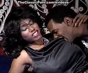 Ebony Ayes, Tony..