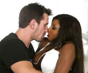 Splendid ebony milf Diamond Jackson gets her throat..
