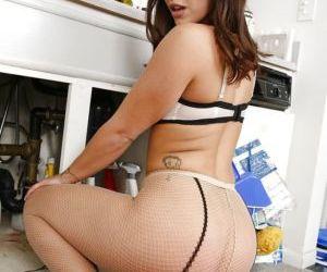 Insane anal sex with hardcore brunette Liza del Sierra in..