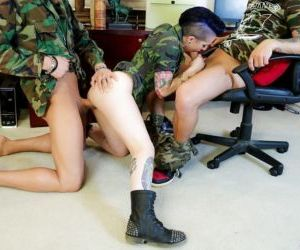 Tattooed army chick Joanna Angel getting spitroasted by..