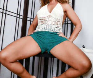 Foot fetish scene features hot legs of mature babe Stevie..