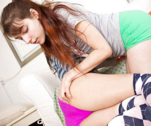 Young lezzies Janee and Sasha M get nude for interracial..