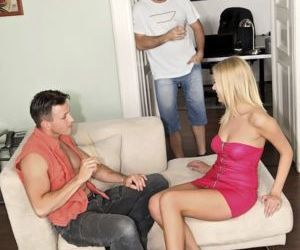 Hot blonde chick Teena Lipoldino gets double fucked by her..