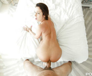 Hardcore ass fucking scene with gonzo brunette cowgirl..