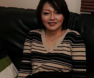 Oriental mother Mika Aoto masturbates her hairy Asian..