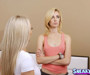 Blonde girls Haley Reed and Molly Mae have makeup lesbian..