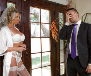 New Euro bride Lexi Lowe unleashing large tits before..
