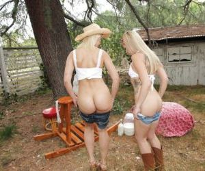 Blonde cuties Anikka Albrite and Zoey Monroe show off..
