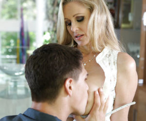 Slender blonde milf Julia Ann bangs in puss and swallows..