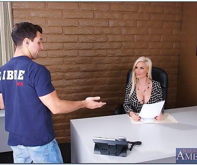 Mature teacher Diamond Foxxx giving a hot reality sex lesson